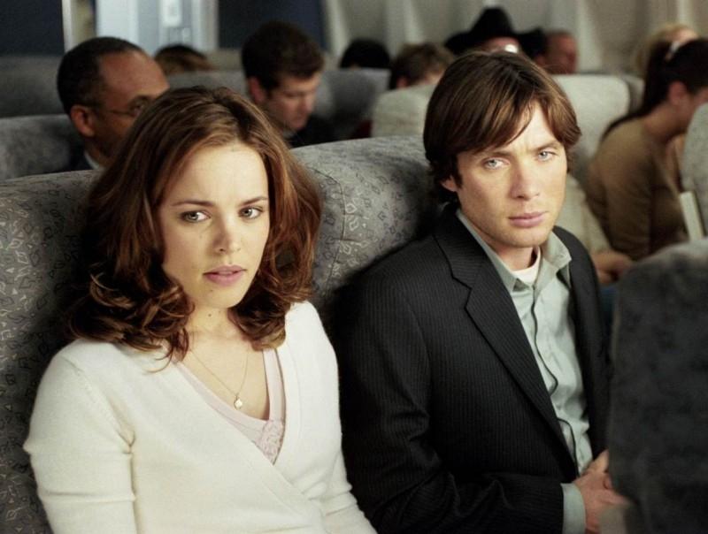 Rachel McAdams e Cillian Murphy in una scena di Red Eye