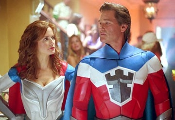 Kelly Preston e Kurt Russell in Sky High