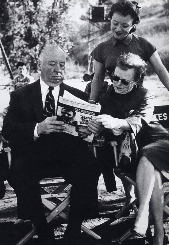 Ritratto di famiglia sul set di Psycho: Alfred, Alma e Pat Hitchcock