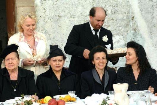Katia Ricciarelli, Antonio Albanese e Marisa Merlini ne La seconda notte di nozze