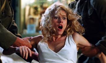 Naomi Watts in una scena di King Kong (2005)