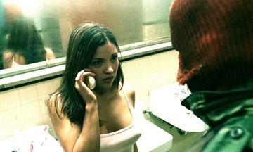 Sandra McCoy in una scena di Nickname: L'enigmista