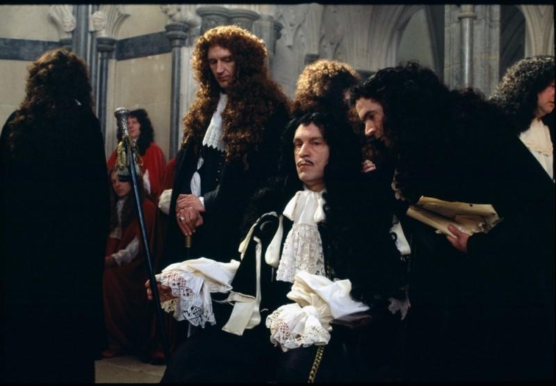 John Malkovich in una scena di The Libertine