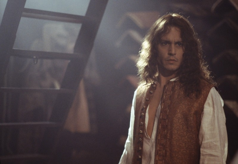 Johnny Depp in una scena di The Libertine