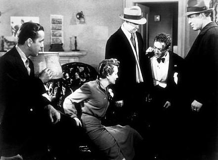 Mary Astor, Humphrey Bogart e Peter Lorre ne Il mistero del falco