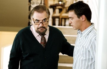 Brian Cox e Jonathan Rhys-Meyers in Match Point