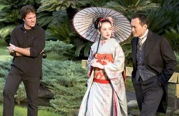Rob Marshall, Ziyi Zhang e Ken Watanabe sul set di Memorie di una geisha