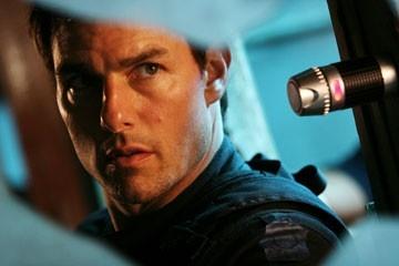 Tom Cruise in Mission: Impossible III, terzo capitolo dell'adrenalinico franchise ispirato all'omonima serie tv