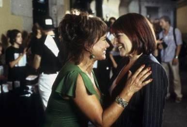 Carmen Maura nel film Reinas