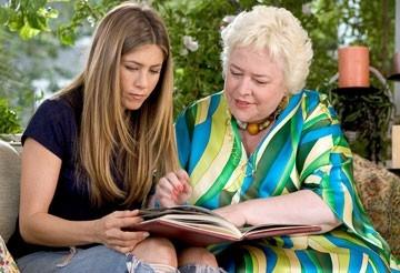 Jennifer Aniston e Kathy Bates in Vizi di famiglia - Rumor Has It
