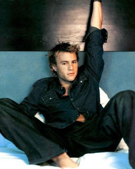 Heath Ledger sul letto