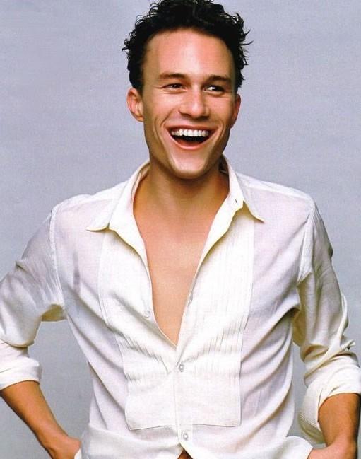 un sorridente Heath Ledger