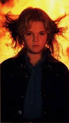 Drew Barrymore nel film Fenomeni paranormali incontrollabili