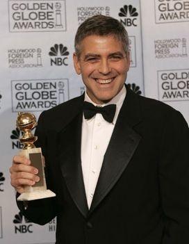 George Clooney con il suo Golden Globe