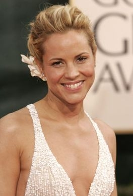 Una splendida Maria Bello