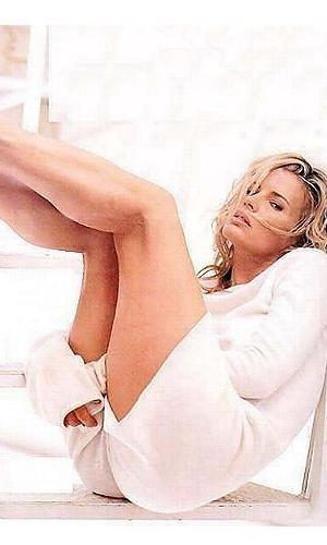 Uno scatto sexy per la splendida Kim Basinger