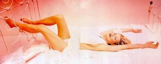 Una splendida e sexy Kim Basinger