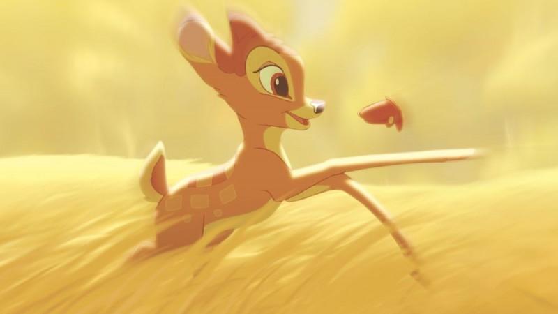 Bambi e il grande principe della foresta rincorre una farfalla