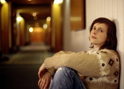 Isabelle Menke in una scena del film Windows on Monday