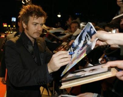 Berlinale 2006: Ewan McGregor firma autografi