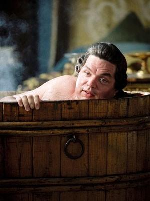 Oliver Platt in una scena di Casanova