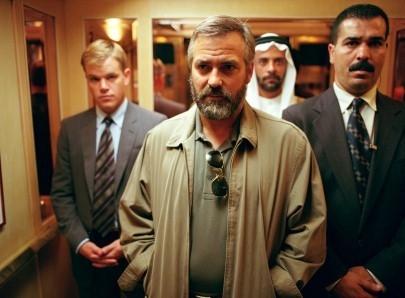 Matt Damon e George Clooney in una scena del film Syriana