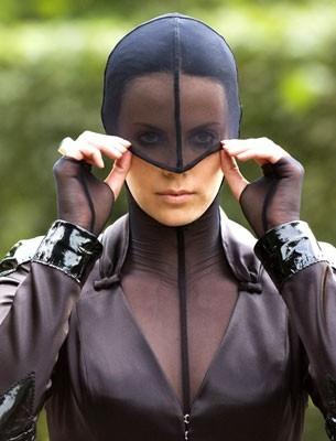 Charlize Theron si prepara all'azione in Aeon Flux
