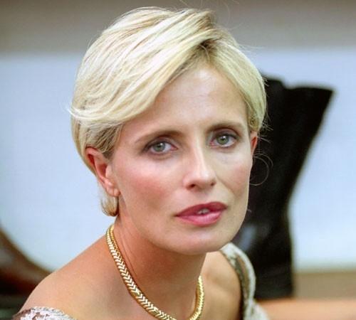 Isabella Ferrari nel film Arrivederci amore, ciao