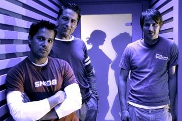 Jay Hernandez, Eythor Gudjonsson e Derek Richardson in Hostel