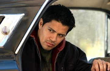 L'attore Jay Hernandez in Hostel