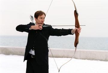 Arco e freccia per Nicolas Cage in The Weather Man