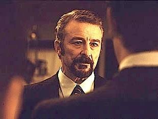 Juan Diego in una scena di Torremolinos 73