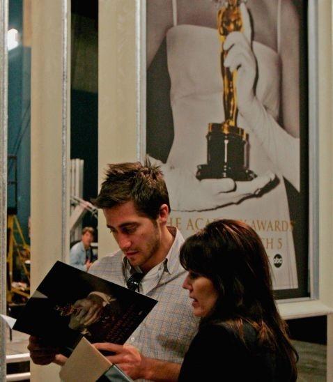 Jake Gyllenhaal nel backstage agli Oscar 2006