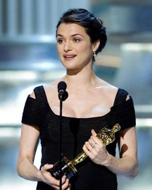 Rachel Weisz ringrazia per il suo Oscar