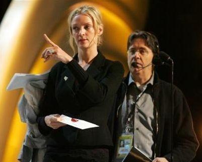 Uma Thurman prova la sua presentazione agli Osacr 2006