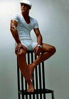 un ritratto dell'attore francese Stephane Rideau