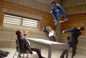 Rebecca Romijn Stamos in una scena di X-Men 3