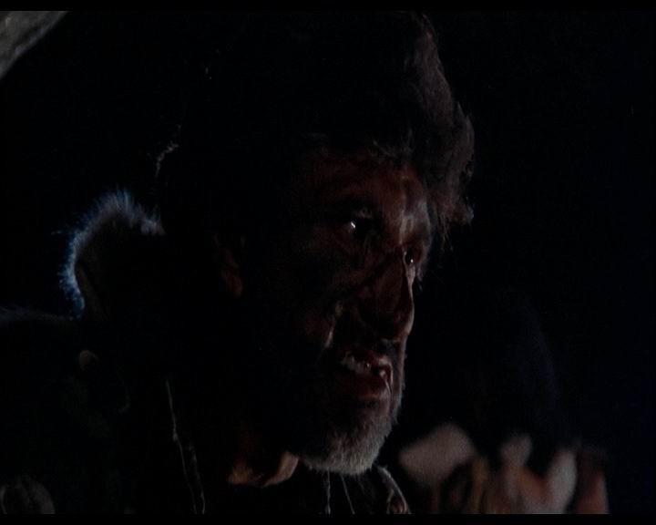 James Whitworth in una scena di LE COLLINE HANNO GLI OCCHI