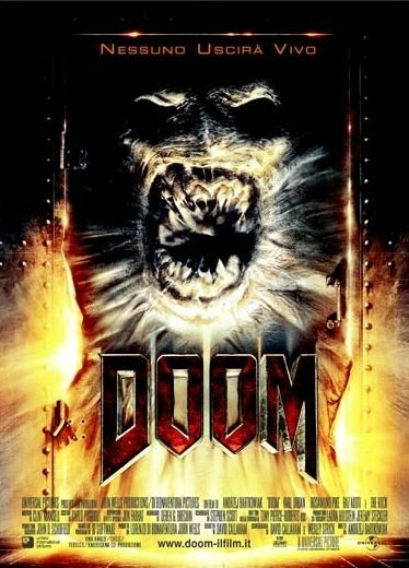 La locandina italiana di Doom
