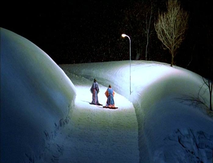 Miho Kanno e Hidetoshi Nishijima in una scena di Dolls diretto dal giapponese Takeshi Kitano