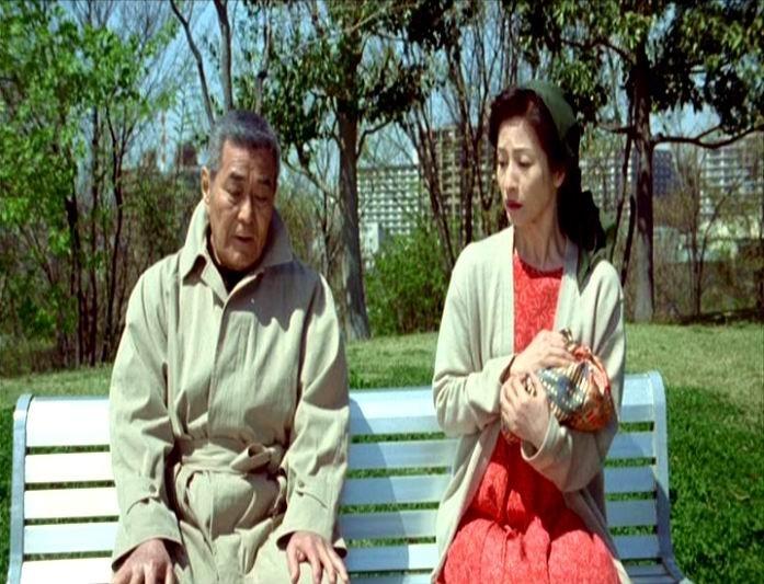 Tatsuya Mihashi e Chieko Matsubara in una scena di DOLLS