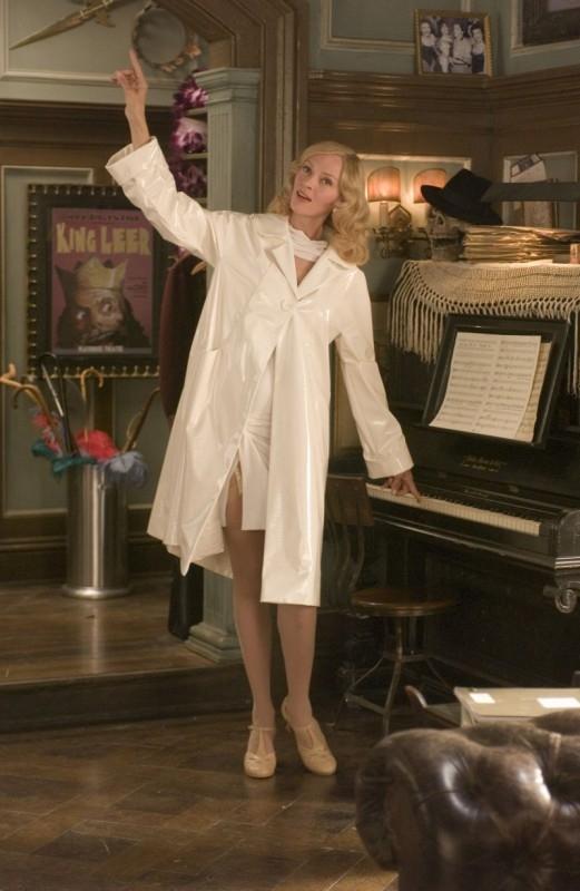 Uma Thurman in una scena della commedia musicale The Producers