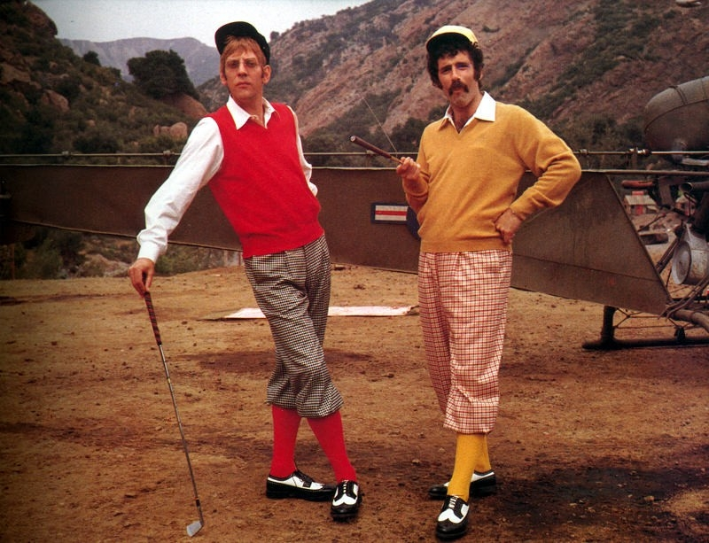 Elliott Gould e Donald Sutherland in MASH