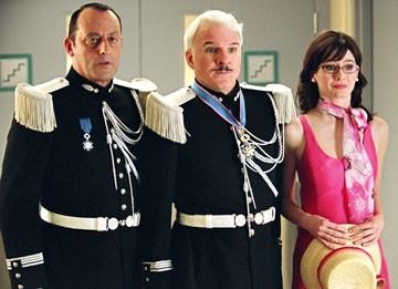 Jean Reno, Steve Martin ed Emily Mortimer in La pantera rosa