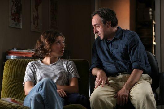 Silvio Orlando con Jasmine Trinca in una scena de Il caimano