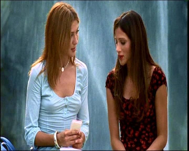 Chiara Conti e Elisabetta Rocchetti in una scena di TI PIACE HITCHCOCK?