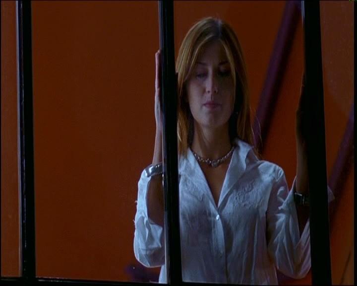 Chiara Conti in una scena di TI PIACE HITCHCOCK?