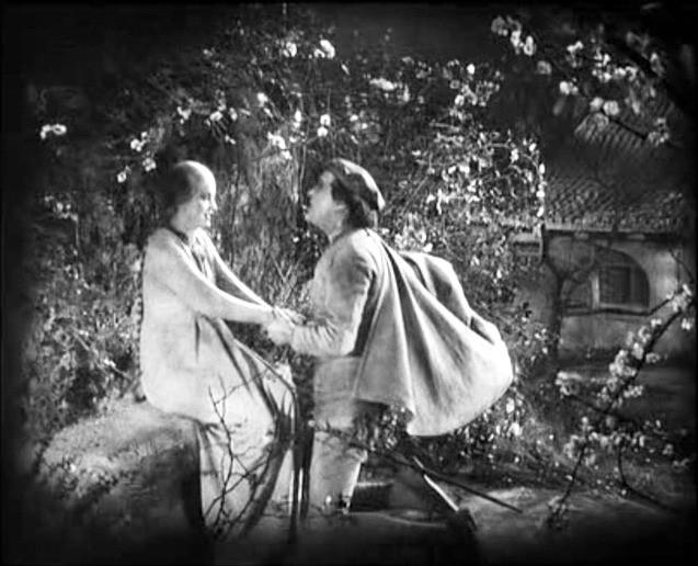Camilla Horn e Gösta Ekman in una scena di FAUST diretto da Murnau negli anni '20