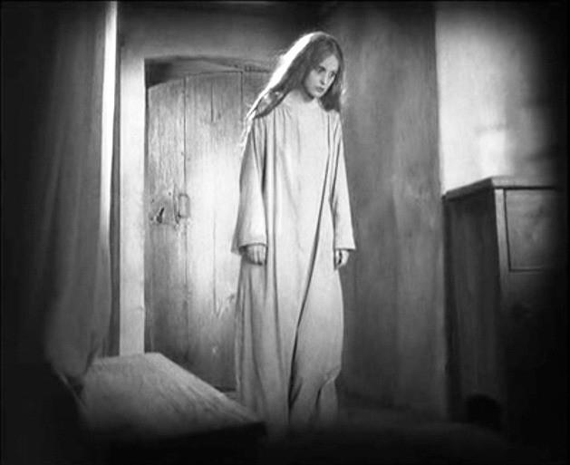 Camilla Horn in una scena di FAUST del '26