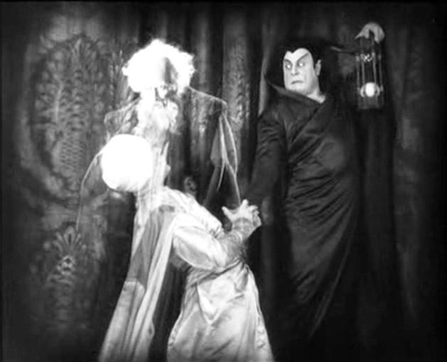 Gösta Ekman e Emil Jannings in una scena di FAUST di Murnau